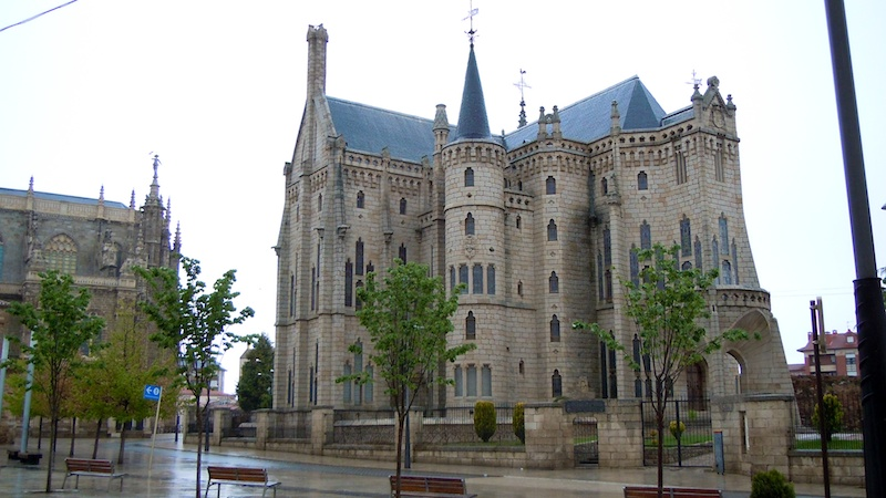 Episcopal-Palace-Astorga-Spain-Camino-de-Santiago.jpg